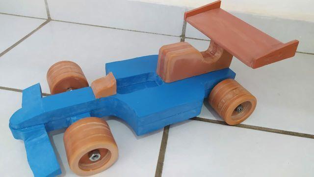 Brinquedos em PVC (CARROS) - Foto 6