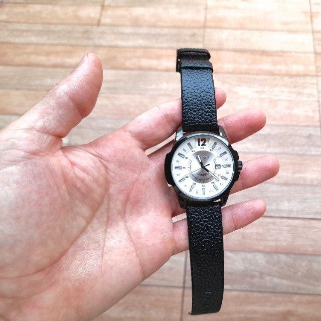 Relógio Masculino Marca: Curren 8123, Novo com pulseira em couro