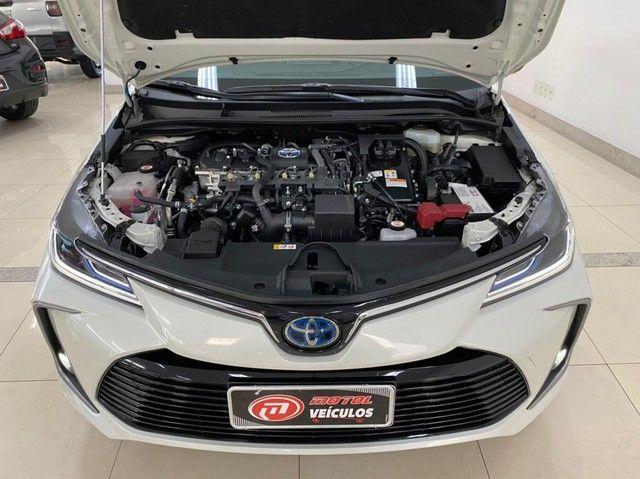 Corolla Altis Hybrid Premium 20/21 5.600 km ! - Foto 18