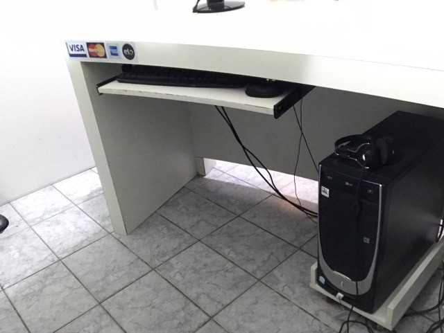 Mesa de Computador para Escritório Branca - Foto 3