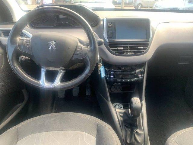 Peugeot 208 Allure 1.2 8V - Foto 5