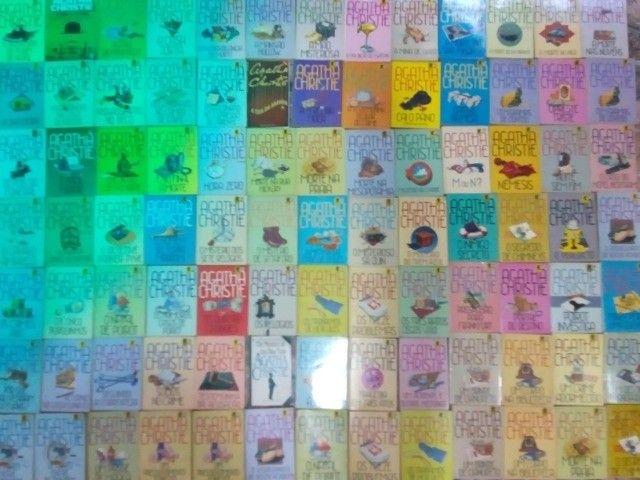 Coleção de livros Ágatha Christie - Foto 2
