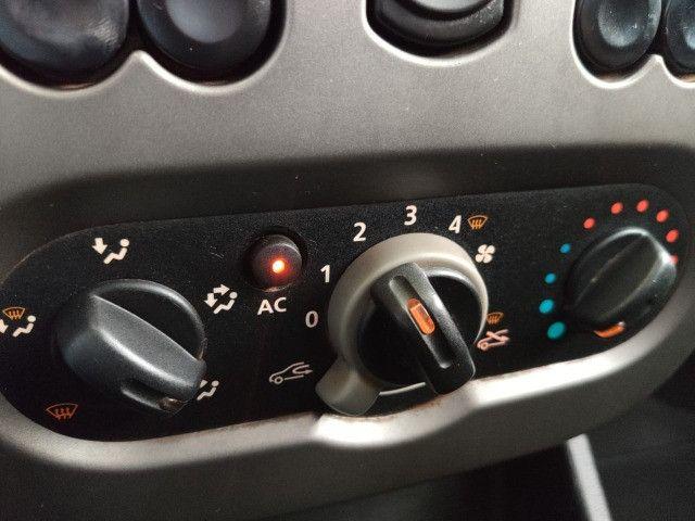Renault Sandero 1.6 - Foto 5