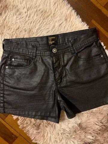 Short jeans azul resinado