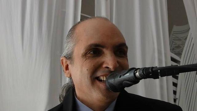 Cantor Italiano - Festa terceira idade - Reveillon Telão Iluminação -