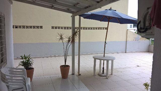 01 quarto com terraço no centro