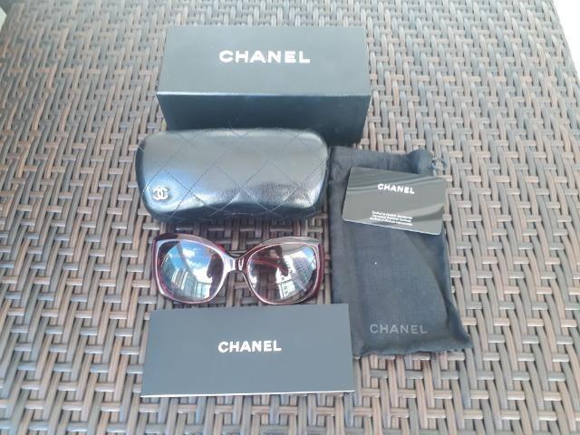 213681539fa Óculos Chanel usado - Bijouterias