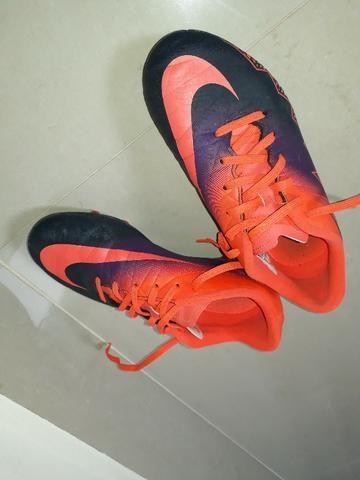 3097cfeff6 Chuteira Campo Nike Hypervenom Infantil 34 - Roupas e calçados - M ...