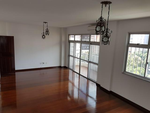 Aluga-se Excelente Apartamento com 3/4 sendo 1 suite, 1 vaga na José Malcher - Foto 2