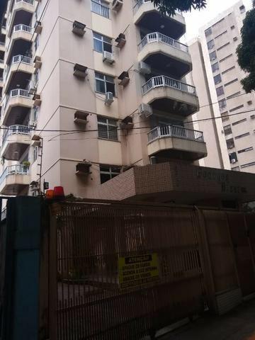 Aluga-se Excelente Apartamento com 3/4 sendo 1 suite, 1 vaga na José Malcher