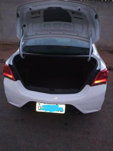 Vende-se Prisma Sedan LT 1.4 2019/19 - Foto 6