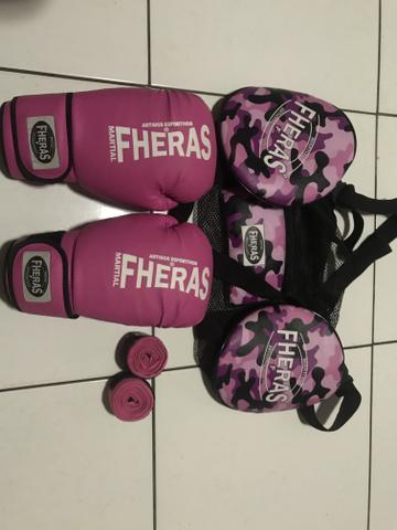 Luva de boxe feminino