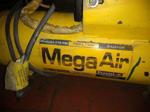 Compressor portátil Ferrari mega Air 229 v - Foto 5