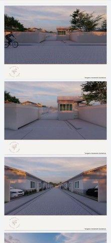 Vendo casa linear com 2 quartos sendo 1 suíte , area gourmet e garagem - Chácara Mariléa - Foto 2