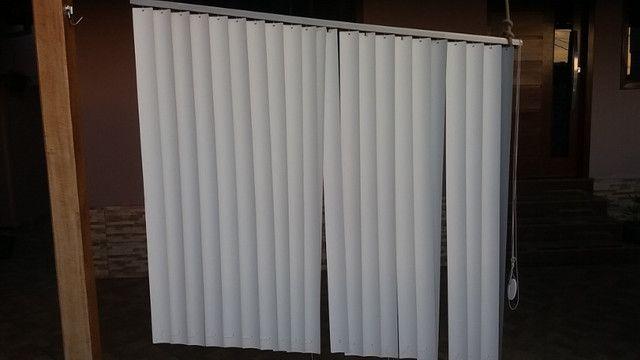 Vendo 3 cortinas tipo persianas - Foto 2