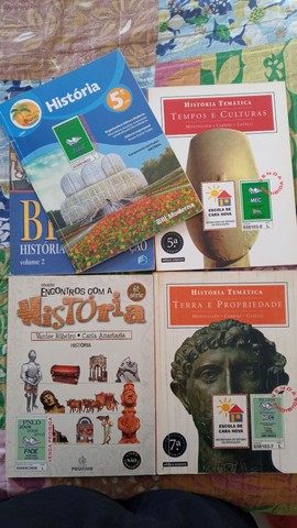 Livros Variados a doar - Foto 5