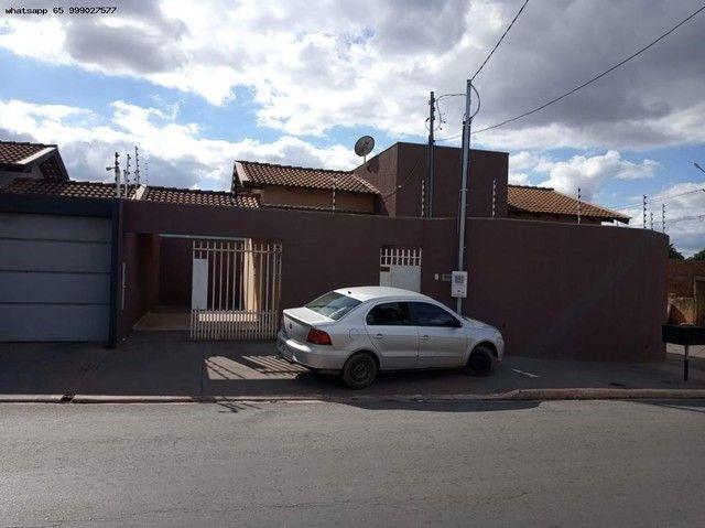 Casa para Venda em Várzea Grande, Cristo Rei, 3 dormitórios, 1 suíte, 2 banheiros, 2 vagas