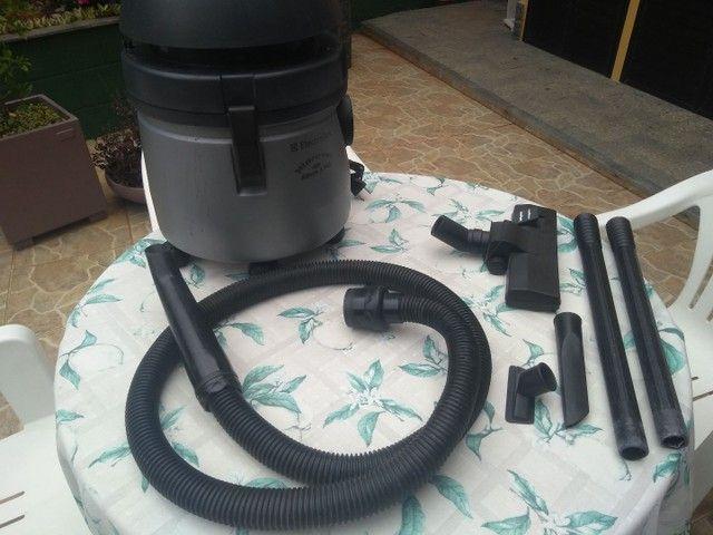 Aspirador de pó /água eletrolux 220v - Foto 4