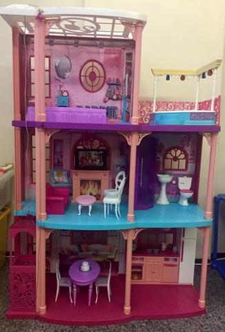 Casa da Boneca Barbie mansão dream house