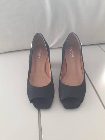 Sapato preto para festas