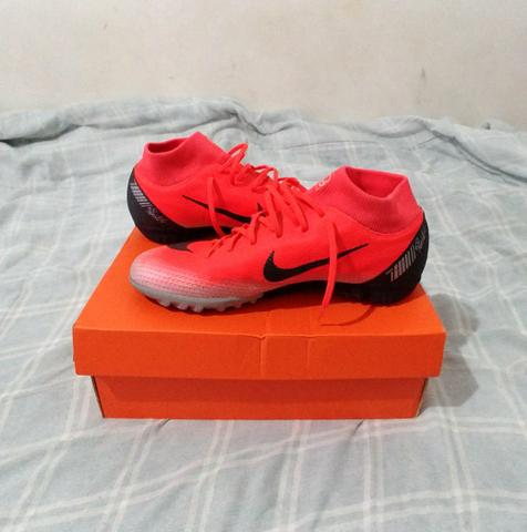 ae88f10053 Chuteira Nike Mercurial Superfly 6 CR7 N°39 - Roupas e calçados ...