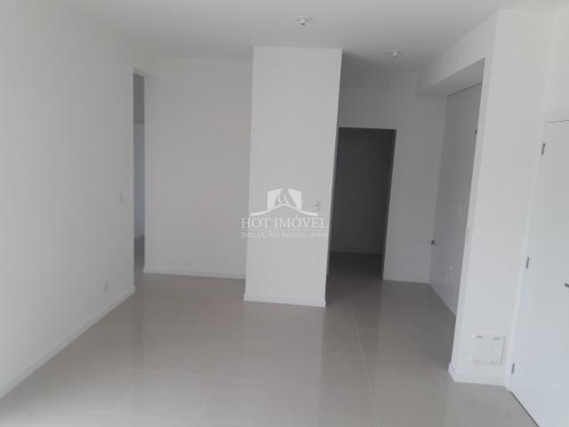 Apartamento à venda com 3 dormitórios em Campeche, Florianópolis cod:HI0937 - Foto 3