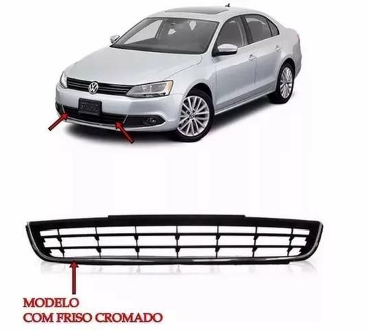 Grade Central Para-choque Dianteiro p/ VW Jetta a partir 2011 a 2014