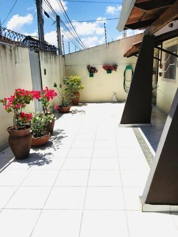 Casa Situada no bairro de Nova Parnamirim com excelente localização - Foto 5