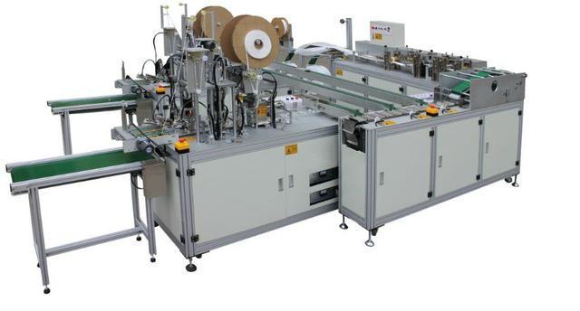 Máquina para produção de máscaras cirúrgicas