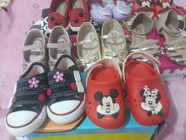 Lote de sapatos novos e usado