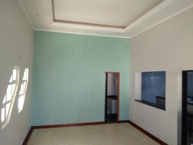 Casa com 3 dormitórios para alugar, 195 m² por R$ 3.500/mês - Parque das Universidades - C - Foto 2