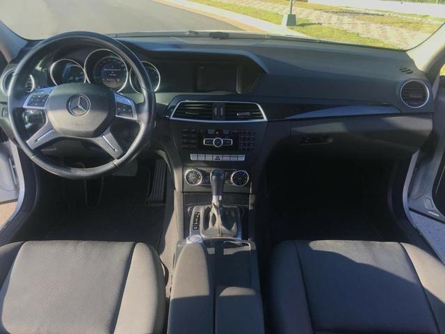 Mercedes-Benz C 180 1.8 CGI Classic 16V Turbo Gasolina 4P Aut. - 2011/2012 - Foto 8