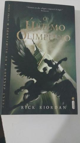 Livro o último olimpiano - Foto 2