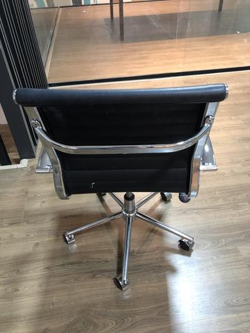 Cadeira Escritório Giratória Design - Foto 2