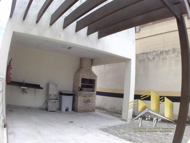 Laz- Alugo apartamento com varanda perto da praia (09) - Foto 10