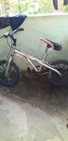Vendo bike aro 16 ou troco por bike aro 20