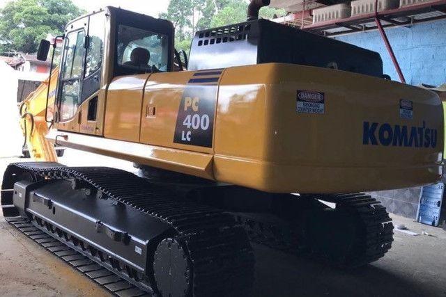 Escavadeira Komatsu PC400