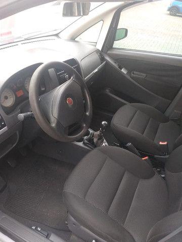 Fiat Idea ELX 1.4 FLEX 8V 4P - Foto 2