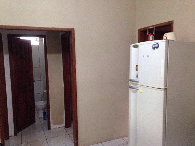 Vende-se casa próxima a Ufam-Parintins (100 mil). FONE: * ? Noélio - Foto 3
