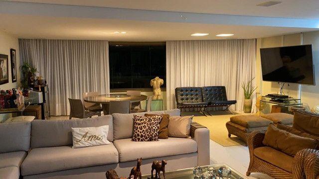 (RBA) Alugo apt. luxuoso, 240m², 3 Suítes, lazer, decorado e mobiliado, vista incrível! - Foto 2