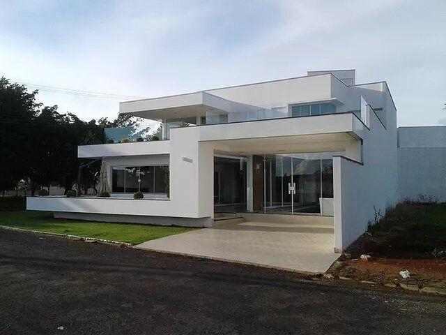 Vende-se casa no Residencial Ilha Bela em Carlópolis PR