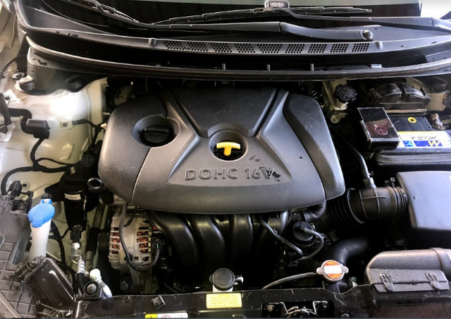 Hyundai Elantra 1.8 GLS 2011/2012 - Foto 10