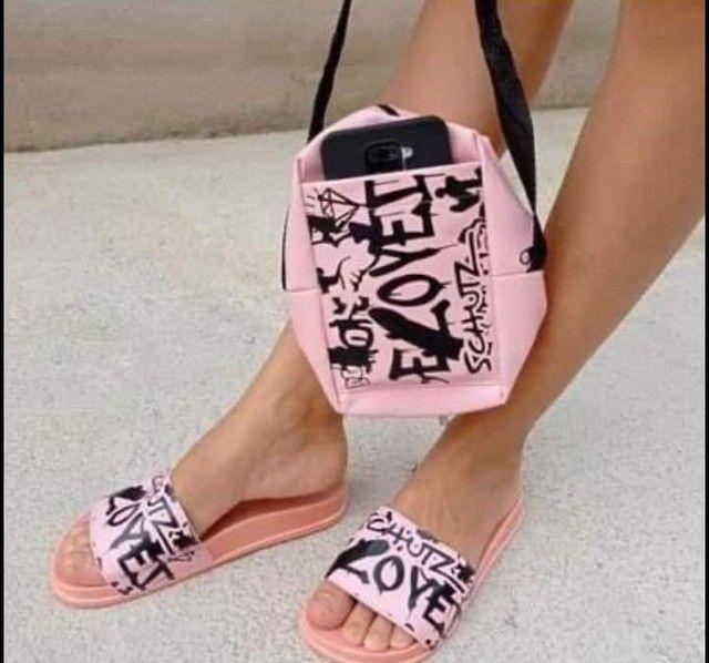 Conjunto de sandalia e bolsa com preço incrível.