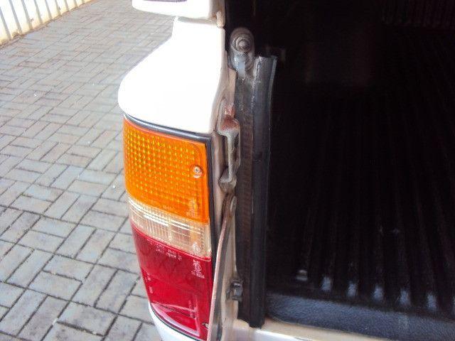 Hilux sr5 2.8 2001/01 diesel 4x4 completa reliquia !!! - Foto 5