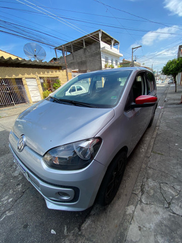 Vw up! High 2015 123 km .manual e chave reserva  - Foto 4