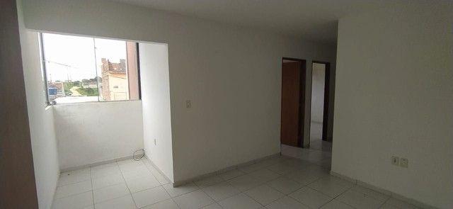 Apartamento com 2 dormitórios para alugar, 50 m² por R$ 500,00 - Francisco Simão dos Santo - Foto 4