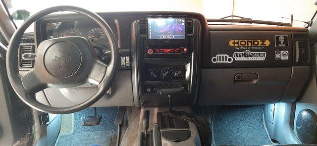 Jeep CHEROKEE SPORT Xj 4.0 6cc cambio automático  - Foto 9