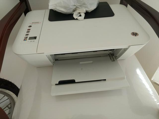 Vendo uma impressora semi nova com dois cartuchos novos