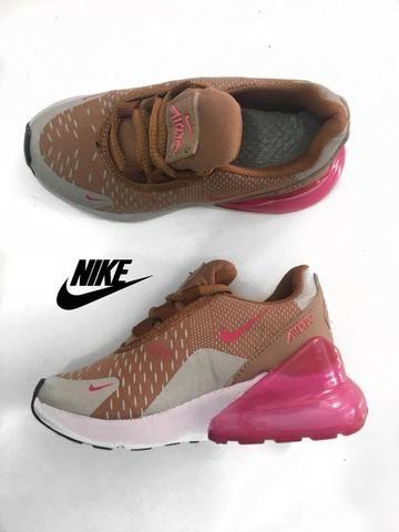 b05b7320eb7 Tênis Nike Air Max 270 Infantil Rosa Bege Importado Novo - Roupas e ...