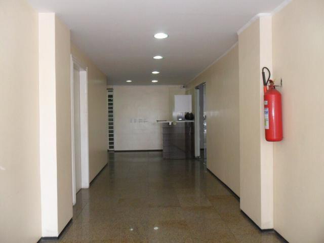 Sala Comercial na Avenida Heráclito Graça para alugar - Foto 2